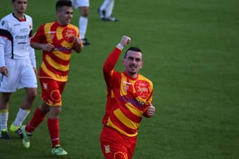 Calcio Eccellenza: il Ghilarza annuncia la riconferma di mister 100 gol Simone Stocchino