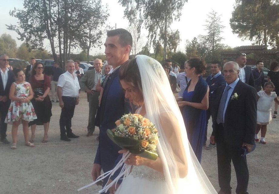 Auguri per il loro matrimonio al presidente-giocatore del Basket Ghilarza Marco Oppo e alla moglie Lucia