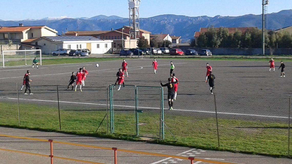 Calcio 1a Categoria C. Un Sedilo sfortunato trova la sconfitta contro una cinica Oristanese. Pari più giusto.