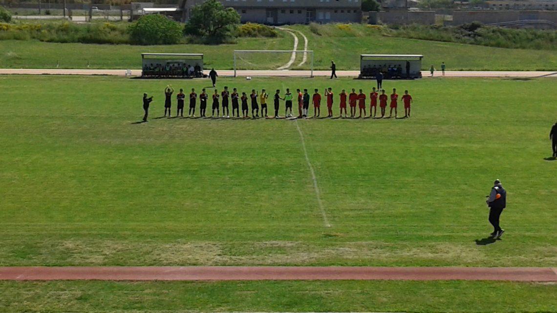 """Calcio """"Torneo Cenzo Soro"""". La rappresentativa Allievi di Oristano batte 3-1 il Medio Campidano e supera il 1° turno"""