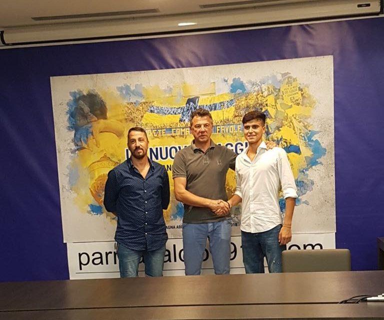 Calcio. Doppia felicità per Federico Bachis in sole 24 ore: ieri maggiorenne oggi la firma con il Parma