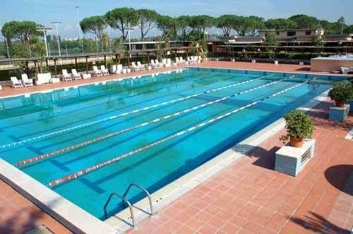 """Annuncio del sindaco di Norbello Matteo Manca:""""entro la prossima estate pronta la piscina al parco sportivo"""""""