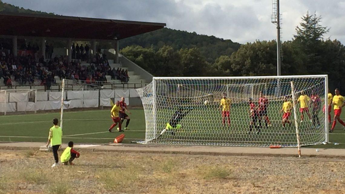Calcio Coppa Eccellenza. Partenza sprint del Tonara che infila un tris al Taloro. Perde 1-0 il Ghilarza con il Guspini Terralba