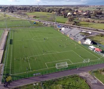 Il calcio unisce le squadre della città: triangolare domani fra Tharros, Oristanese e Folgore
