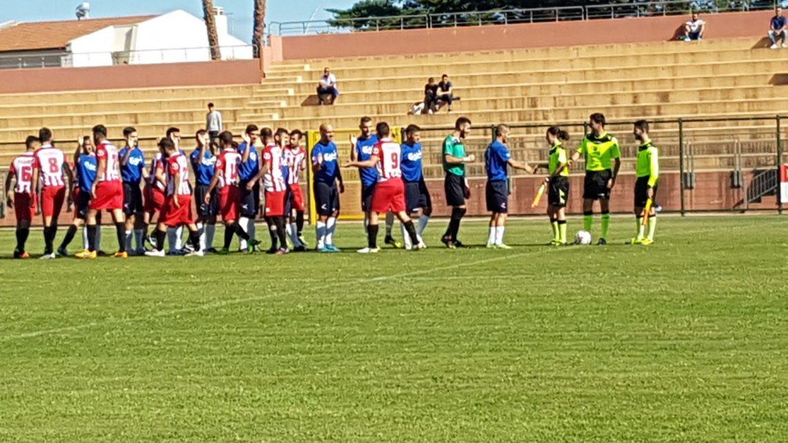 Calcio Coppa Promozione. Tharros e Macomerese fanno il replay del campionato: termina ancora 3-3