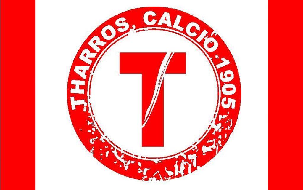 Calcio 1A categoria B. Tharros, il saluto del presidente Vacca a giocatori e tecnico