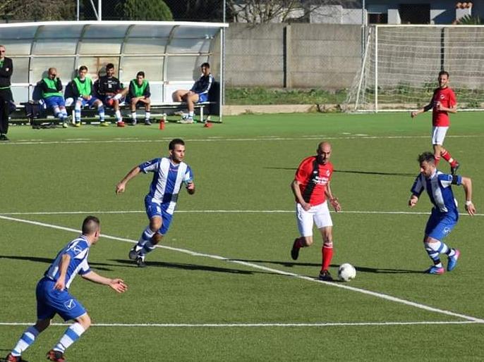 Calcio 1A Categoria C. L'Abbasanta corsara a Tramatza mantiene il terzo posto