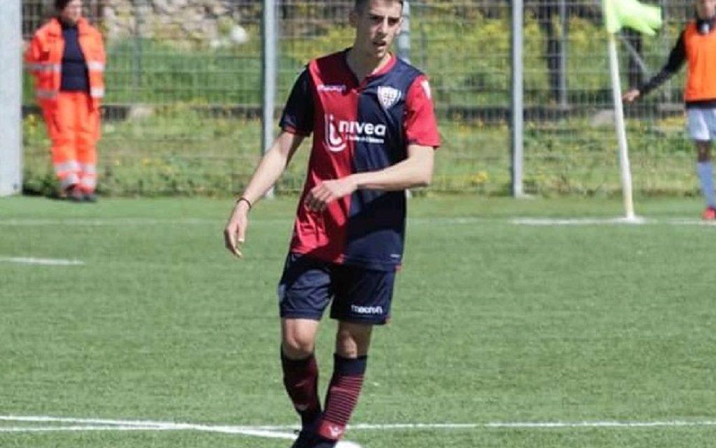 MATTEOCOSSU/ Il centrocampistadi Nuraxinieddu classe 2001 ex Cagliari e Olbiafirma per il Vado in serie D