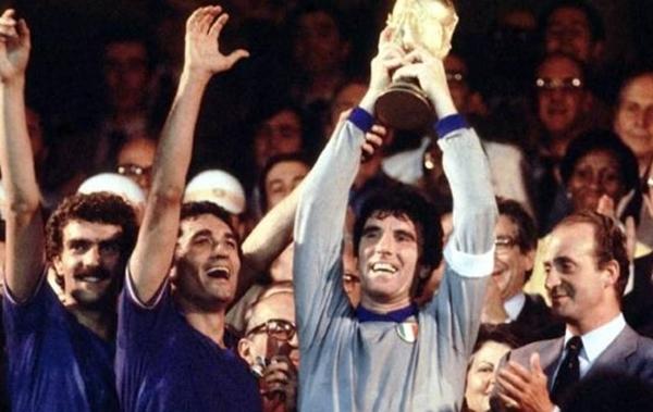 Per i 60 anni della FIGC ad Oristano in mostra le Coppe del Mondo