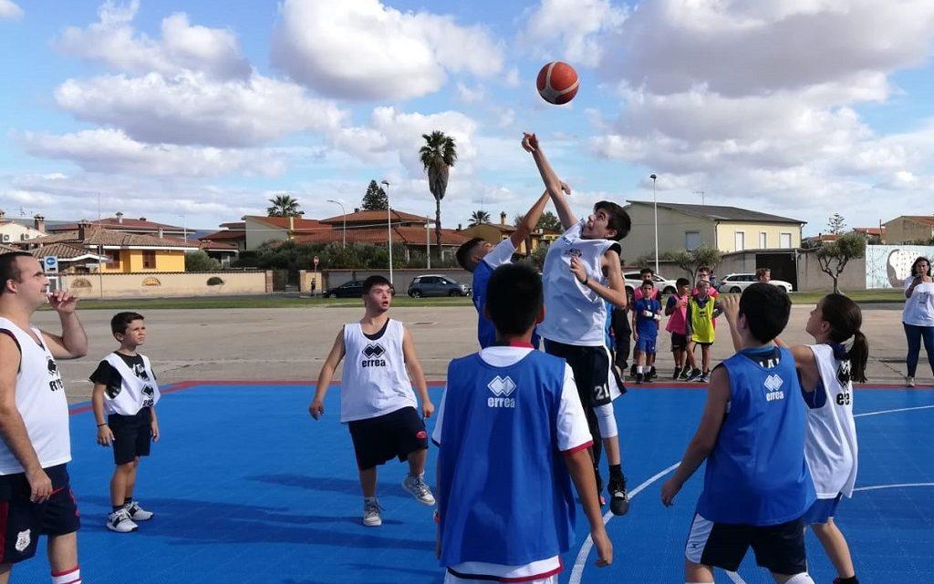 Basket C21: nuova tappa a Riola Sardo per i cestisti con la sindrome di down
