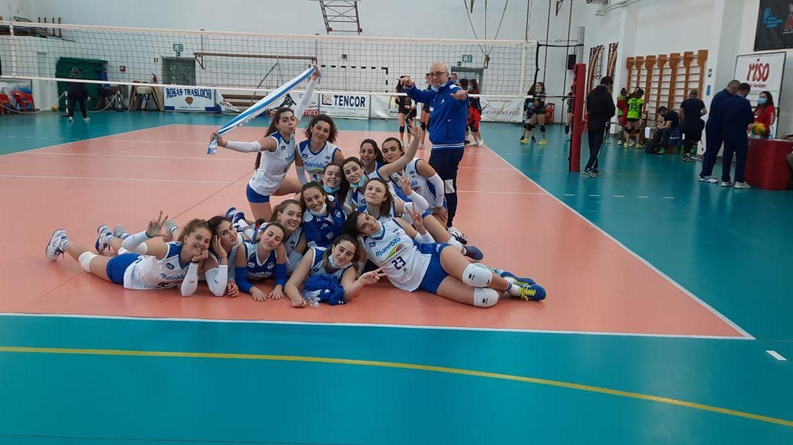 FOTO NOTIZIA/  Nella C femminile di Volley l'Ariete  si aggiudica l derby oristanese contro la Gymland per 3-2