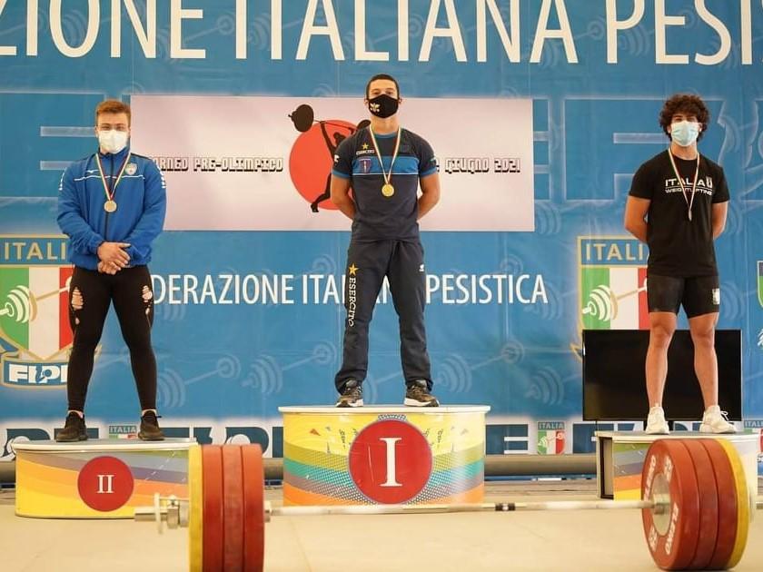 """SERGIO MASSIDDA VOLA A 290 KG/ Record italiano per l'azzurro ma il campione ghiarzese non vuole fermarsi: """"Punto ancora a migliorarmi"""""""