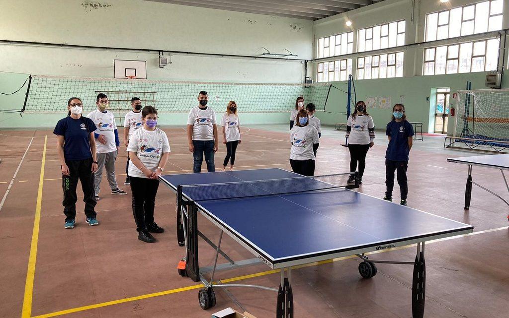 A SCUOLA DI… TENNISTAVOLO /  Grande successo nelle scuole oristanesi per il progetto della FITET Sardegna