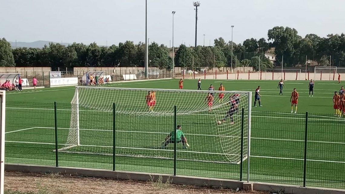 CALCIO ECCELLENZA / Mercoledì tutti in campo per il  4° turno: Giudice arbitra il match clou Taloro-Guspini , Senes a Pozzomaggiore per Bosa- Ghilarza