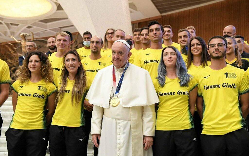 LORENZO PATTA/ Il campione olimpico oristanese in udienza da Papa Francesco con il gruppo della Fiamme Gialle