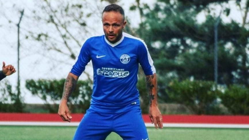 SEGNA SEMPRE LUI/ Il bomber Marco Nieddu si conferma cecchino infallibile con l'Idolo Arzana  e punta al traguardo dei 400 gol in carriera